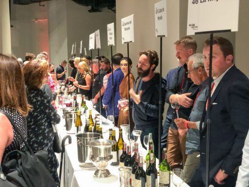 Image of people at 2019 Top100 Tasting in San Francisco